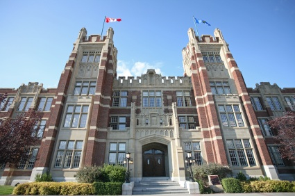 SAIT students looking for jobs at the Calgary Career Fair