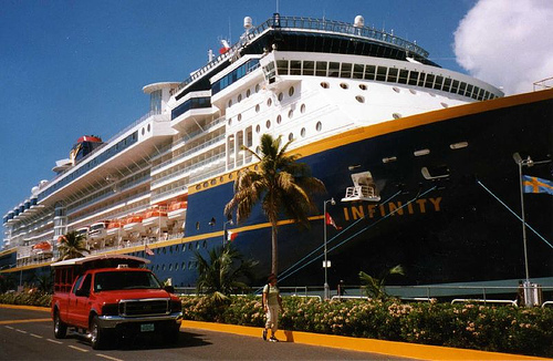 Victoria-Cruise Ships