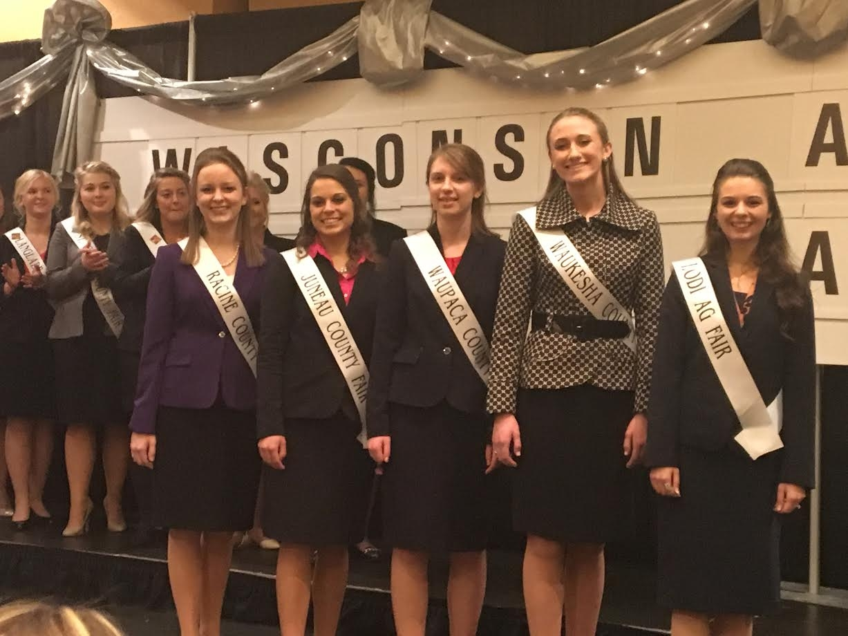 2017 Wisconsin Fairest of the Fair Crowned, Waupaca County Representative Finishes Fourth Runner-Up