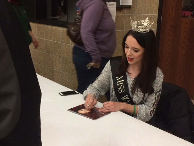 Miss Wisconsin Visits Shawano
