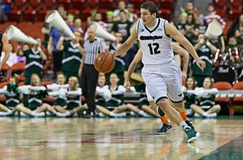UWGB's Anderson to walk-on with Badgers, Marquette adds Nebraska forward