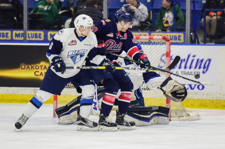 Powerplay powers Pats over Blades