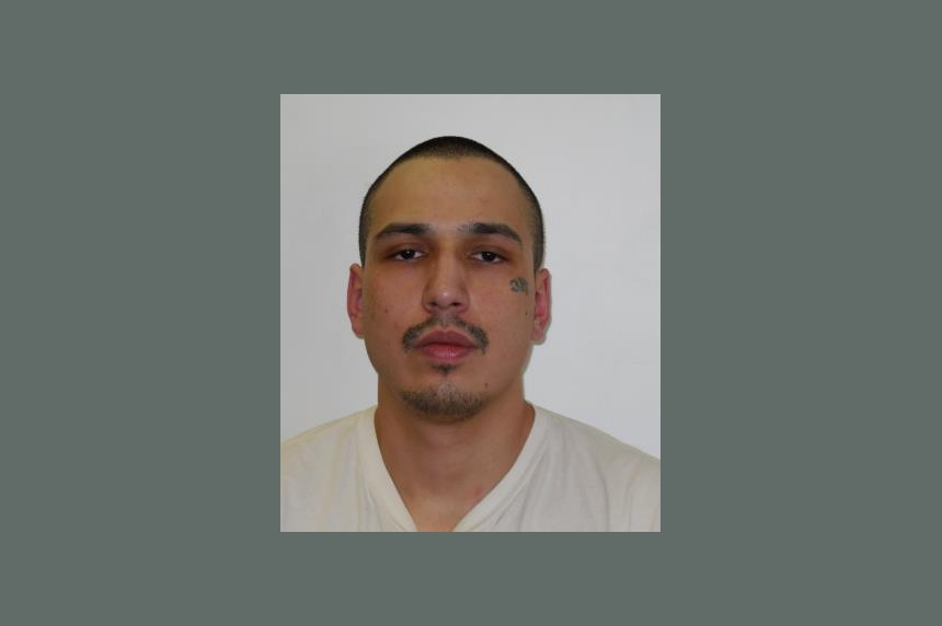 Police looking for Regina man on Canada-wide warrant