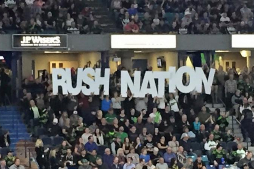 Huge crowd cheers Rush to 6th victory of season