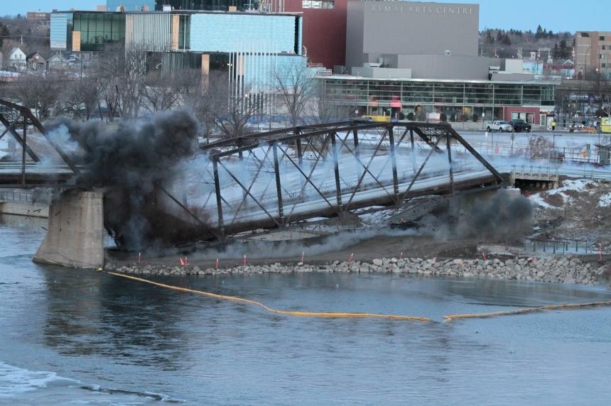 Saskatoon begins construction on new Traffic Bridge