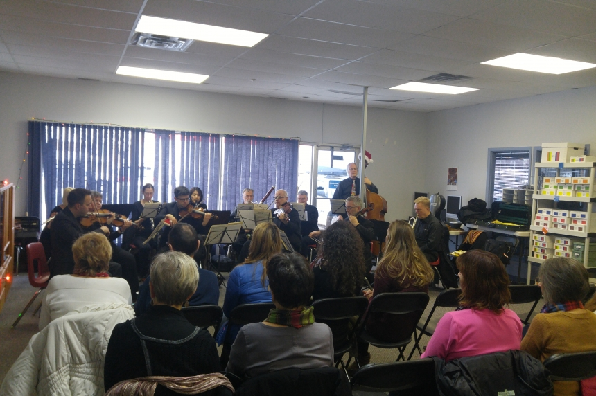 Regina Symphony Orchestra puts on special performance at Autism Resource Centre
