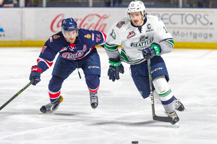 Pats lose 7-4 leaving Memorial Cup chance in jeopardy