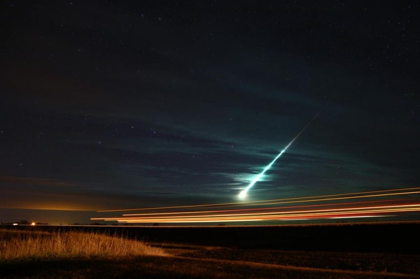 Video shows Taurid meteor in Saskatchewan
