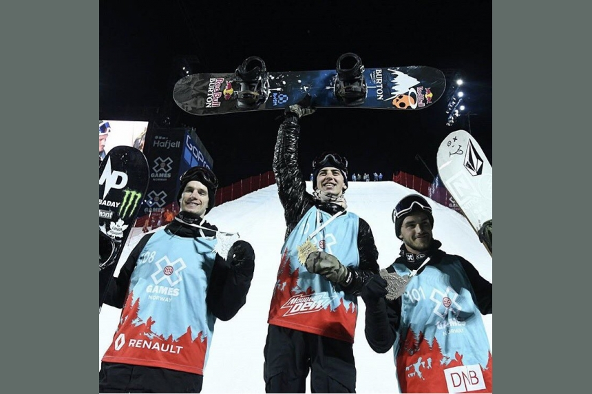 World champion snowboarder Mark McMorris recovering after crash in B.C.