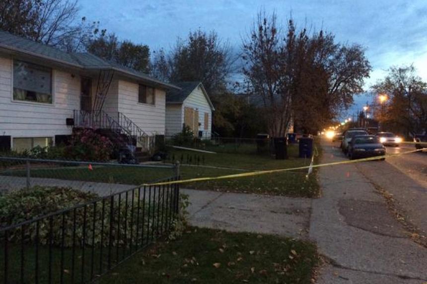 Saskatoon stabbing sends man to hospital