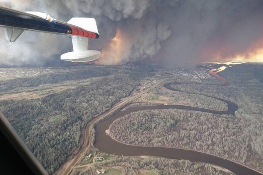 Saskatchewan offers aid to combat Fort McMurray wildfire