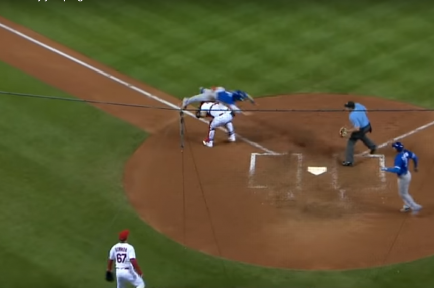 Sports world in awe of Coghlan leap in Jays' win