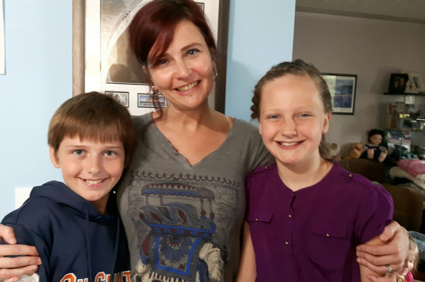 Evacuated Fort McMurray family finds comfort with family in Regina