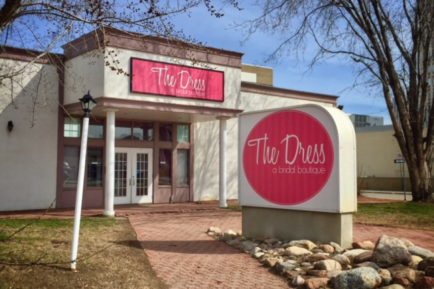 'Nothing sketchy:' The Dress owner says business still open