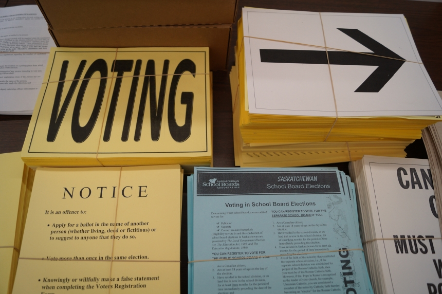 Saskatoon's advanced, homebound voters prepare to cast their ballot