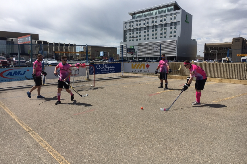 World's biggest road hockey tournament makes Saskatoon stop