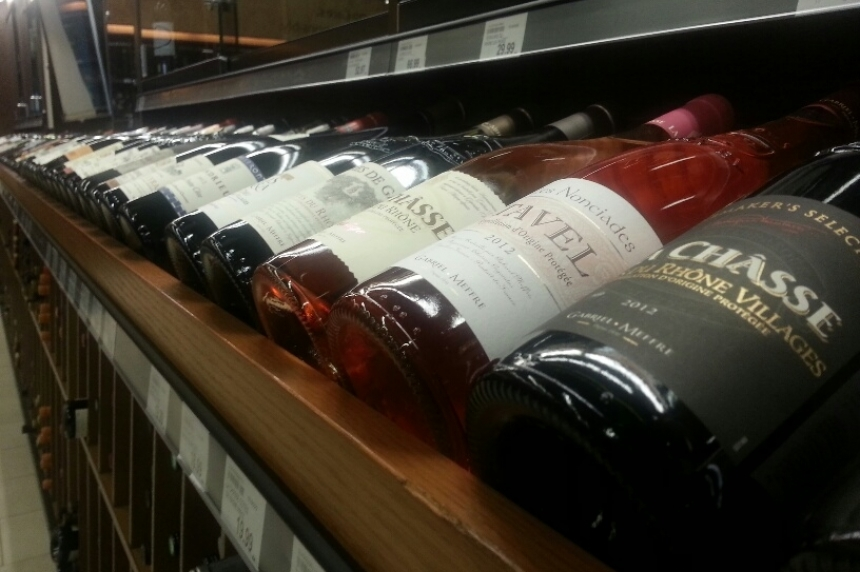 Province accepting bids for new private liquor stores in Sask.