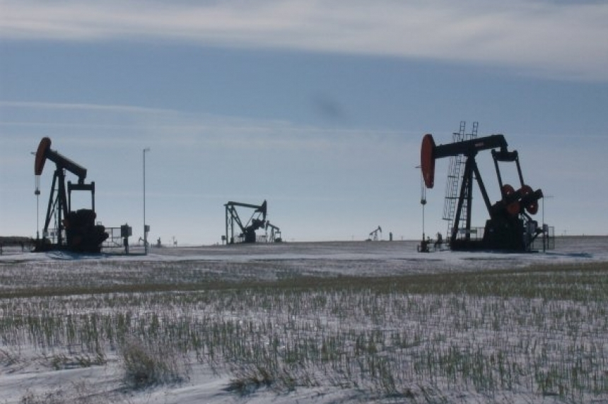 Sask. drillers carry on as Canadian oil rigs move to U.S.