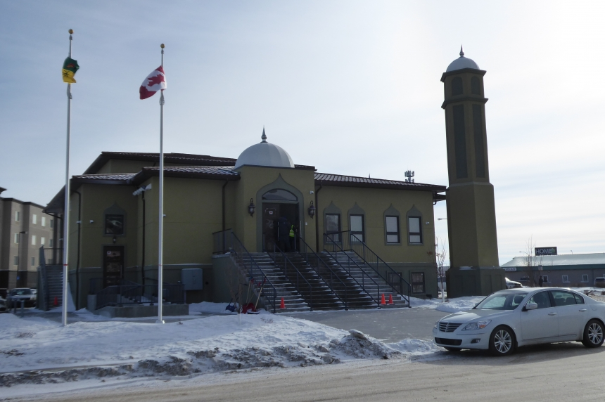 Regina Mosque opens doors to everyone