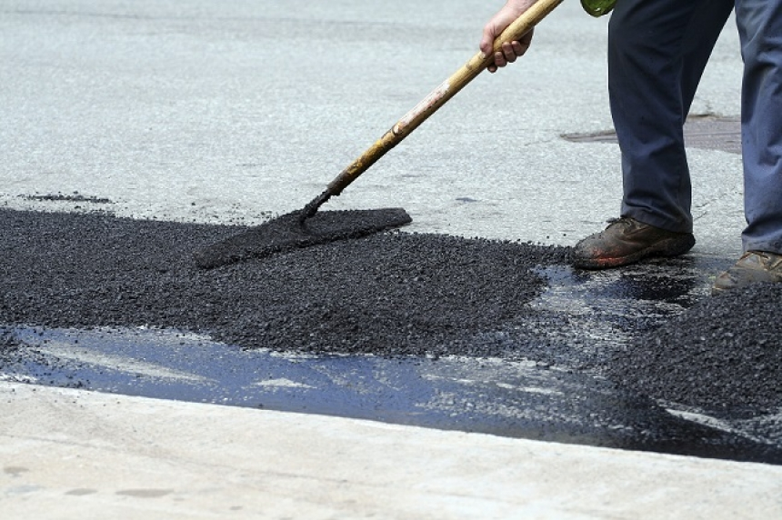 Province warns of driveway repair scams