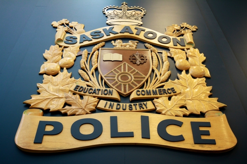 Saskatoon police search for armed robbery suspects in stolen BMW