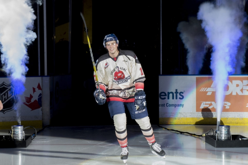 Giant turnaround for Blades in Vancouver