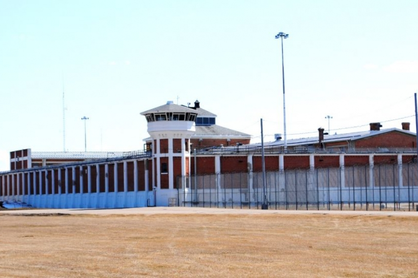 Police searching for escaped inmate from Sask. Penitentiary