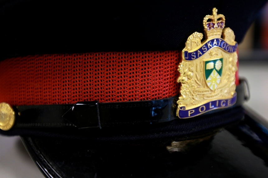 Woman in custody after slashing incident in Saskatoon