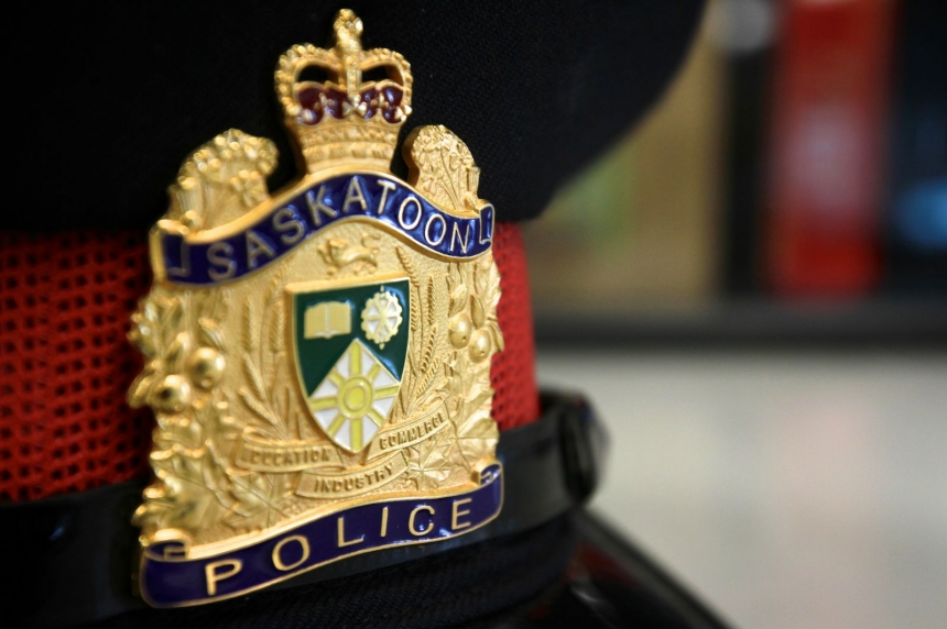 Saskatoon police say gun pointed during argument between drivers
