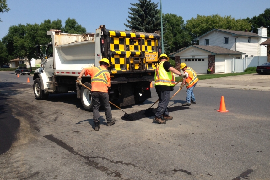 Street repair causes delays in north Regina