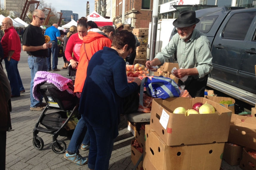 Regina Farmers' Market wraps up outdoors for the year