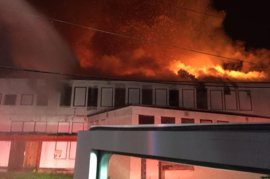 Fire burns old curling rink in Yorkton