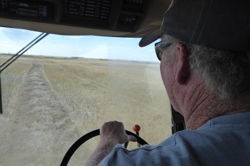 Weather slowing harvest in Saskatchewan
