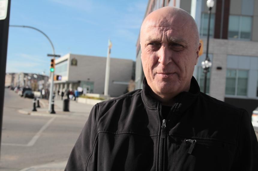 Saskatoon man files human rights complaint over pot dispensary closure