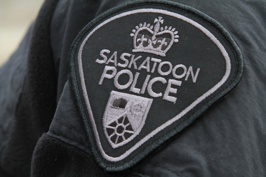 2 charged after Saskatoon police seize cocaine, $70,000 cash