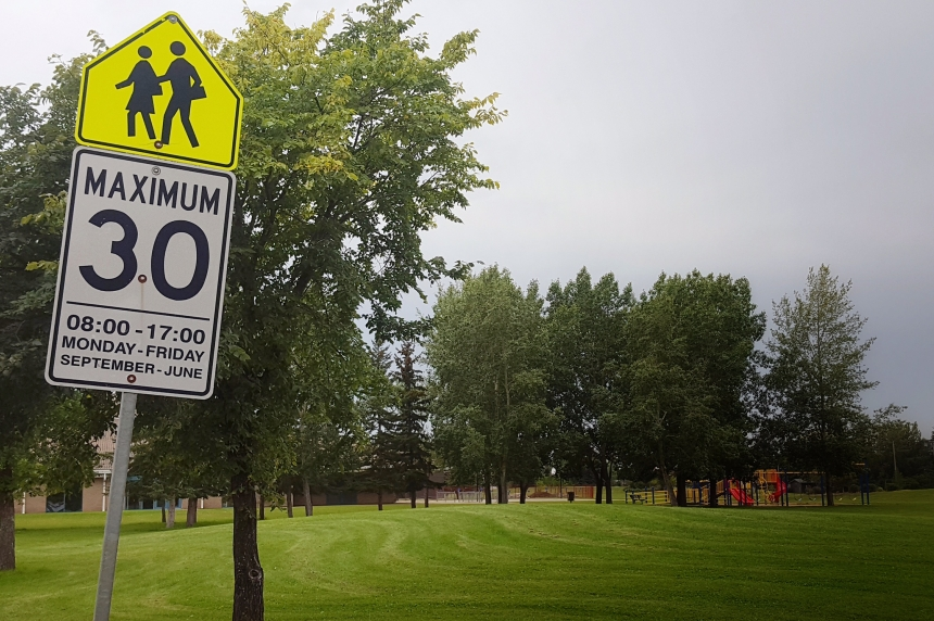 Saskatoon drivers back to slowing down in school zones
