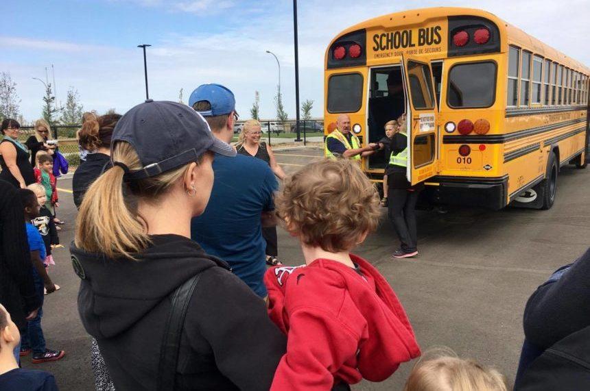 Regina kindergarteners  take 'First Ride' on the school bus