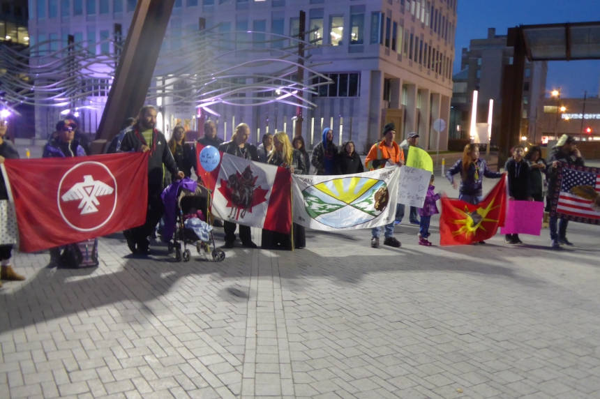 Regina people gather in solidarity with Standing Rock protestors