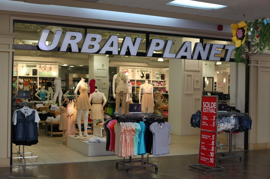 Saskatoon woman says she was fired from Urban Planet for having allergic reaction
