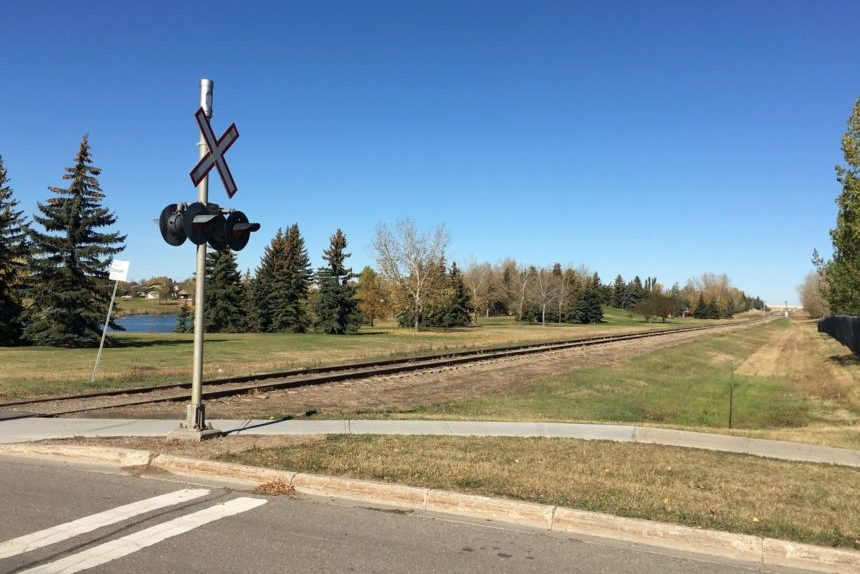 Quiet train tracks in Regina's northwest back in use