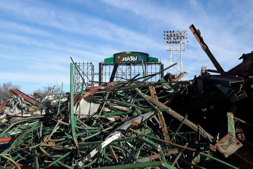 Piles of scrap metal from Mosaic Stadium demolition Oct. 24, 2017. (Adriana Christianson/980 CJME