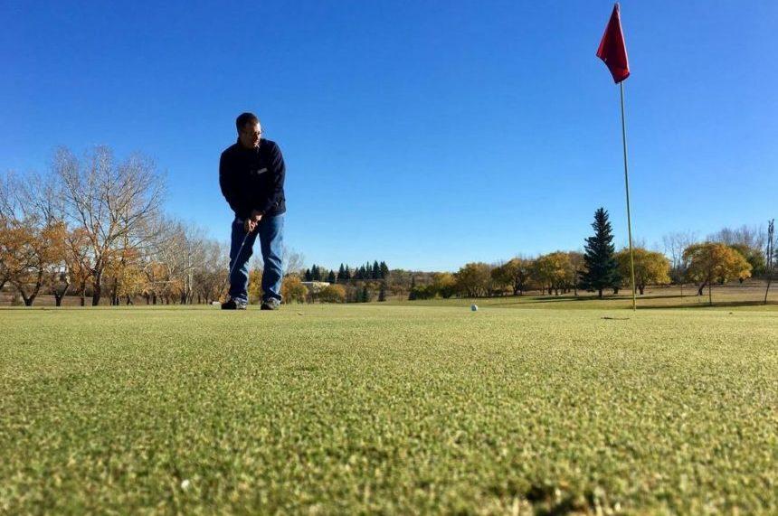 Regina golf courses open Thanksgiving long weekend