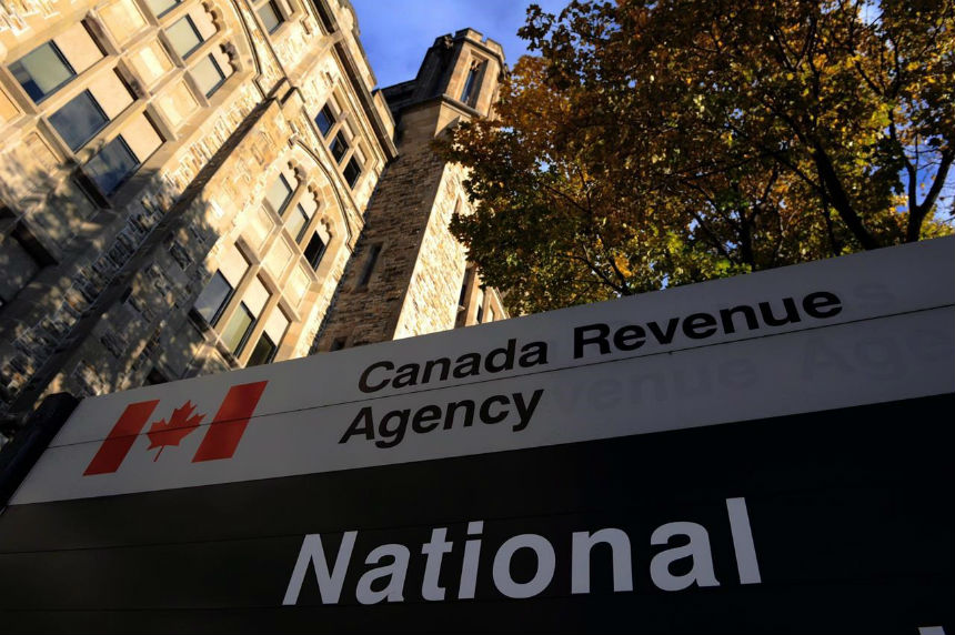 CRA vows action on Canadian tax evaders exposed in Paradise Papers