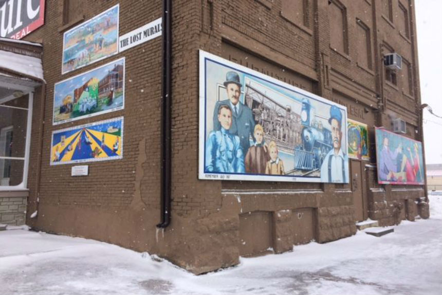 Moose Jaw's lost murals restored to downtown