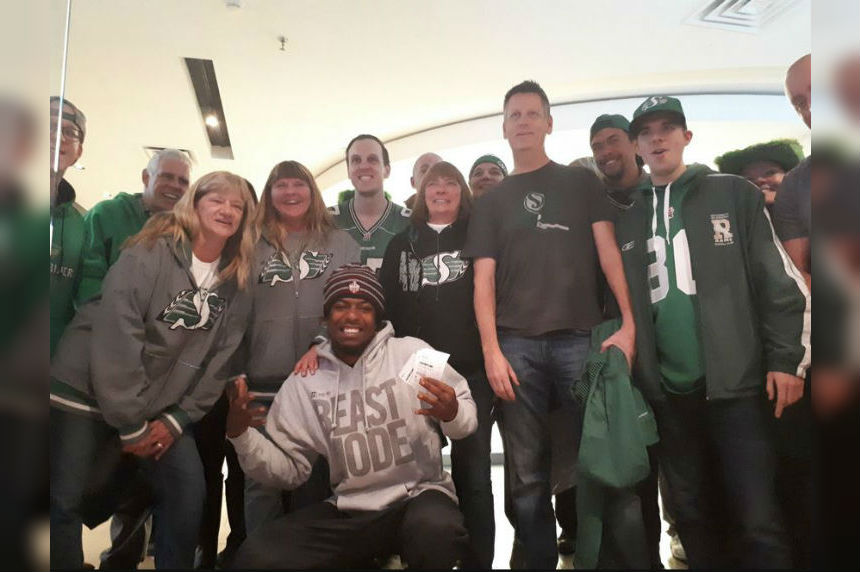 Duron Carter treats Rider fans to free movie day in Toronto