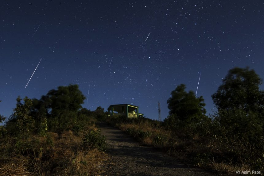 The Year's Most Spectacular Meteor Shower Peaks Tonight