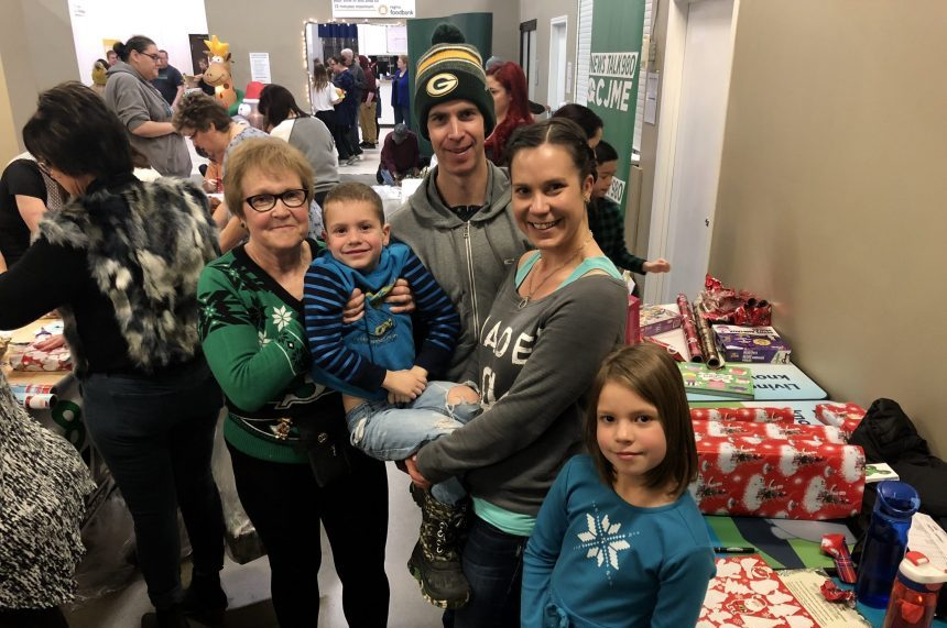 'It's about giving:' Santas Anonymous a family tradition