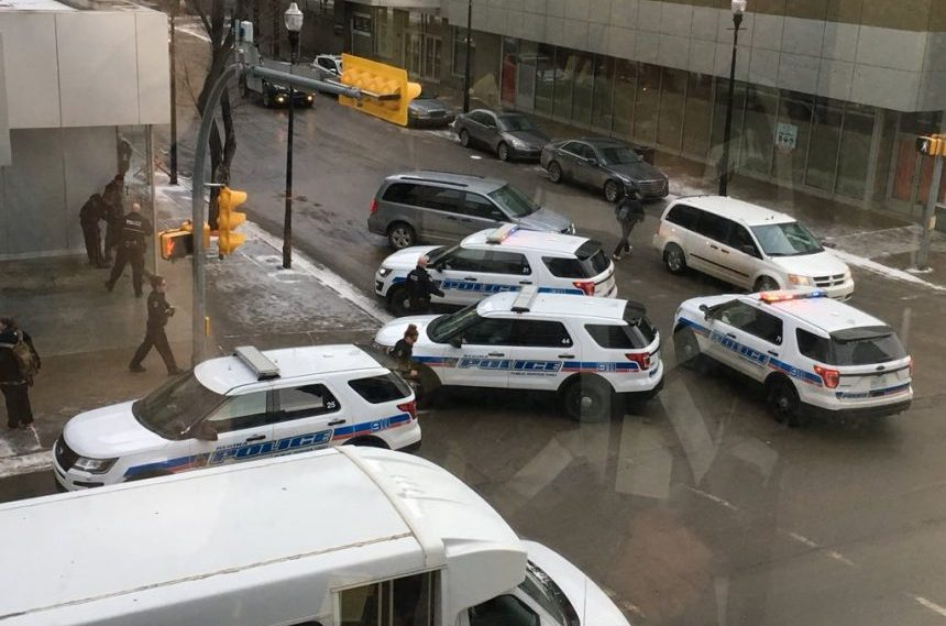 2 men facing charges after bear spray attack in downtown Regina