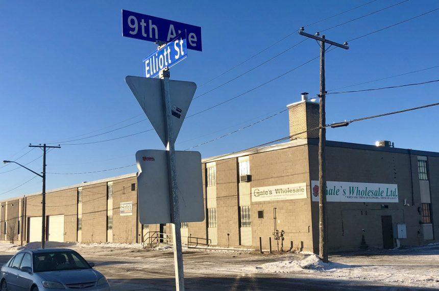 Crash causes natural gas leak on Elliott Street