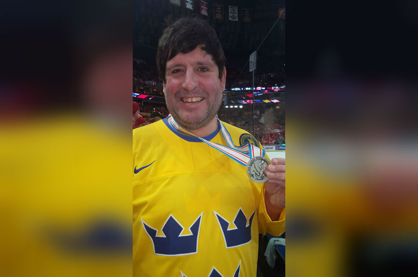 Hockey fan reflects on catching the World Juniors silver medal
